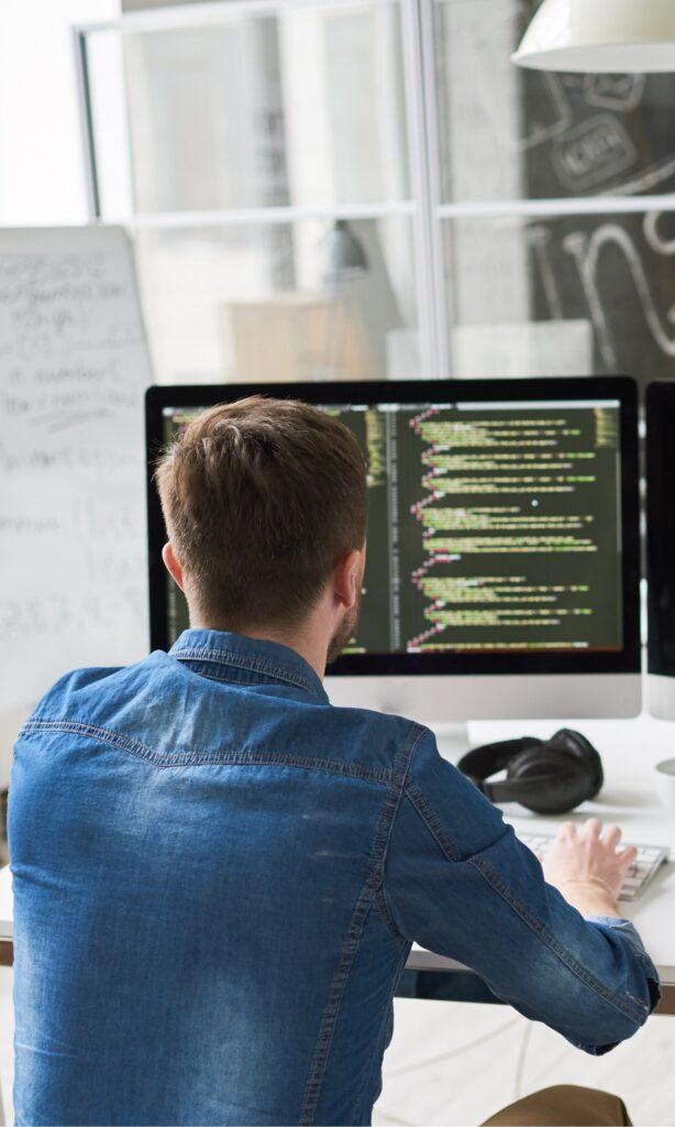 program developer in modern office 6N4YF3R